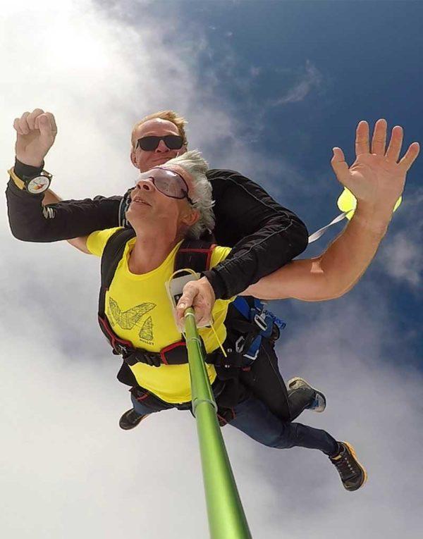saut-en-parachute-montelimar-pour-fete-des-grands-meres
